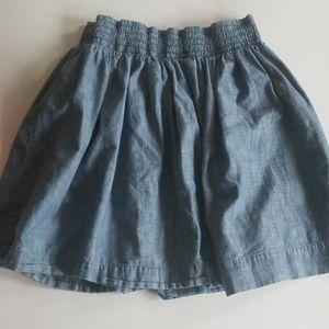 5/$25 Banana Republic 100% cotton jean like skirt
